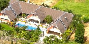 %name Sunnyside Villa ภูเก็ต