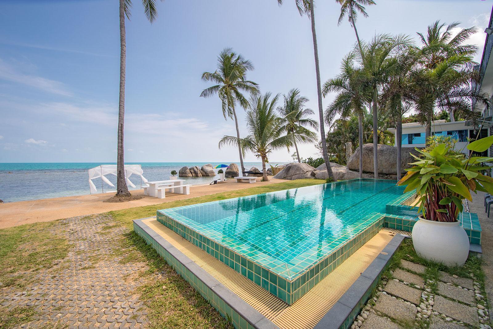 Beachfront loft style villa with private pool Beachfront loft style villa with private pool
