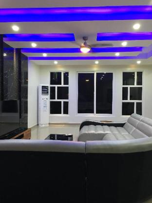 picture 4 of 6 BEDROOM POOL VILLA