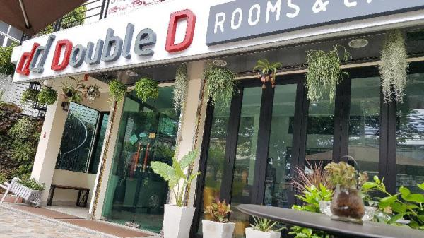 Double D (Large Double Room with Sofa) Bangkok