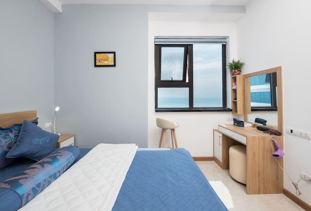 My Khe Beachfront Cozy Apartment