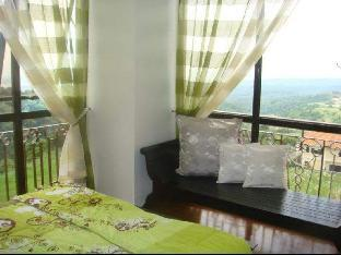 picture 2 of A Cozy place in Tagaytay overlooking Taal Lake