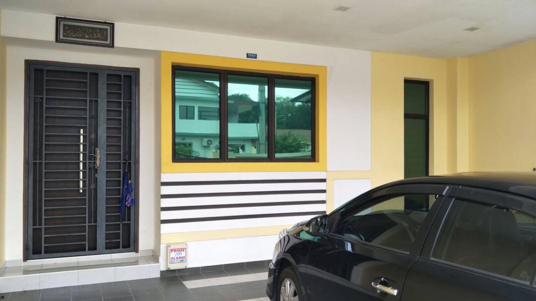 Homestay Enggang Bandar Putra  Muslim Only