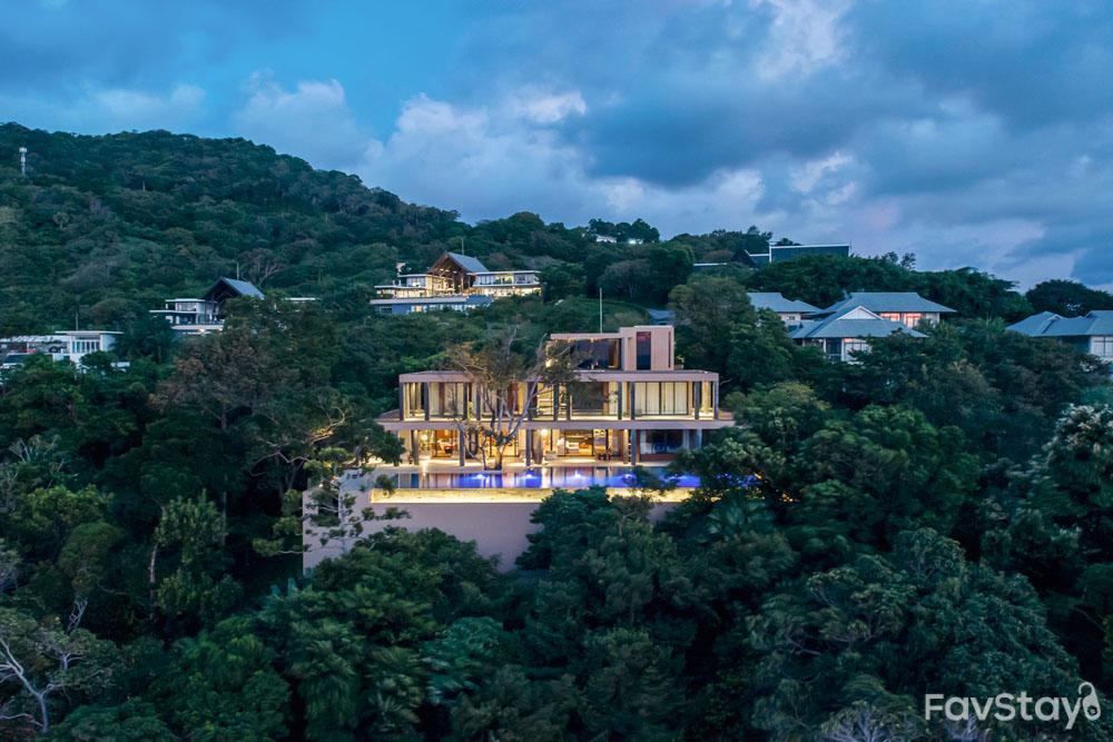 Cliff's Edge Stunning Villa   5BR Kamala Phuket