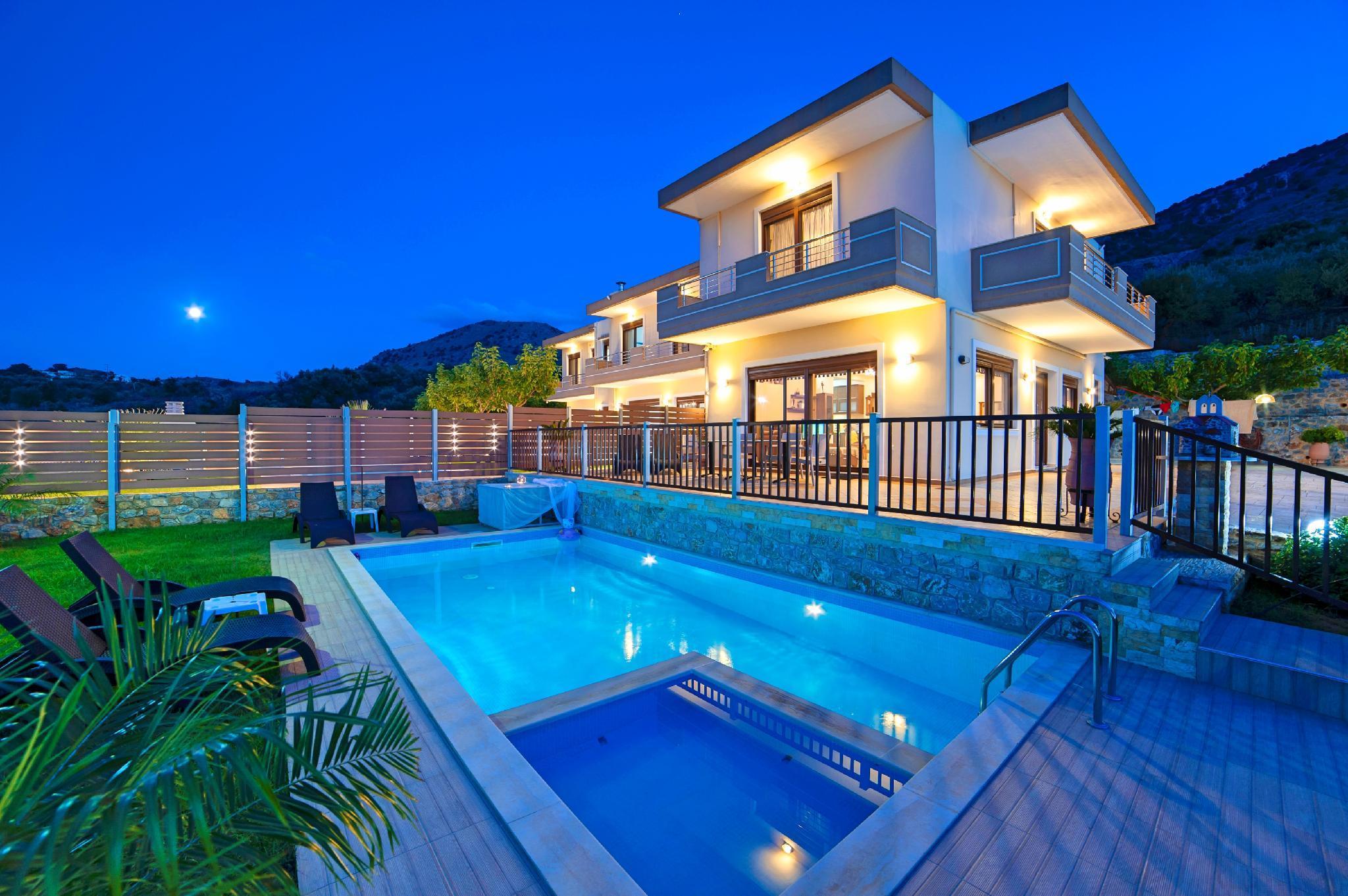 Sunlight Maxima Villa With 2 Private Pools