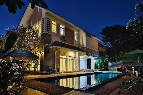 Y.E.S Pool Villa Chiang Mai