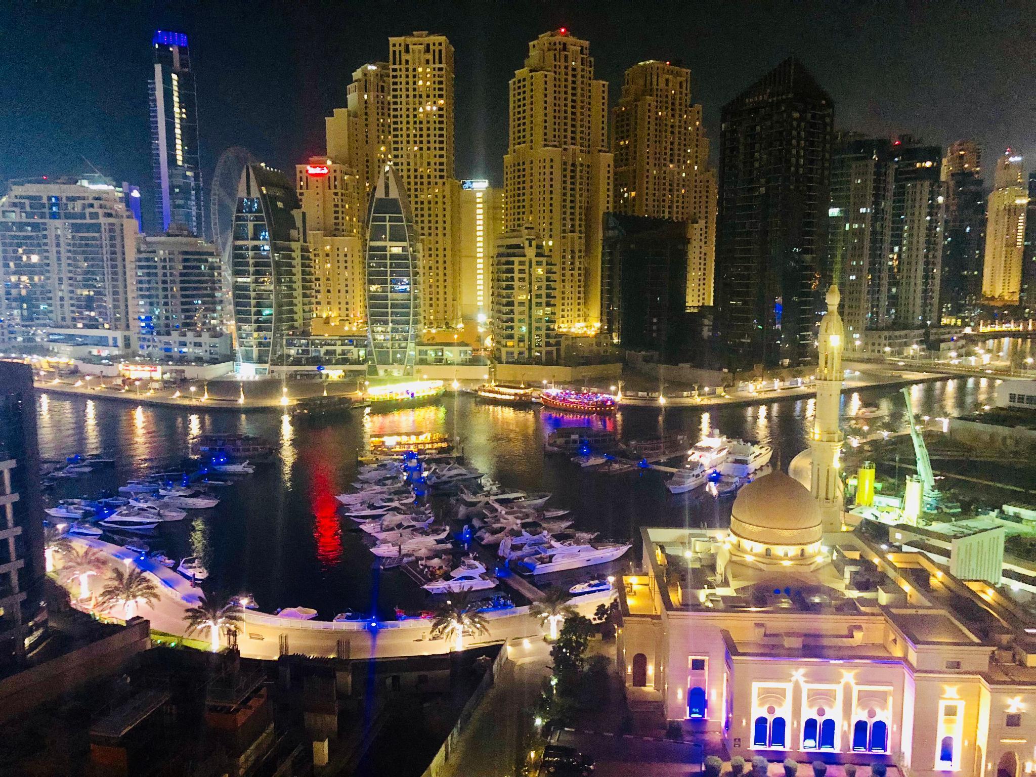Cozy 55m2 1 BR Dubai Marina And Partial Sea View