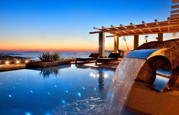 Athena | Close to town | Pool | Amazing view Mykonos