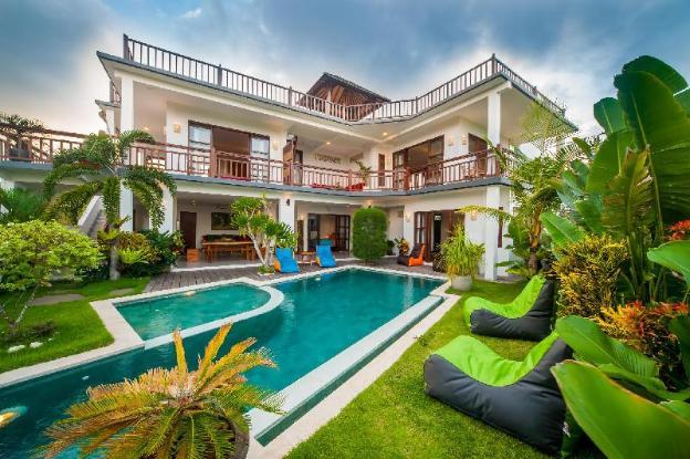 360 Rooftop Ocean View Private Villa