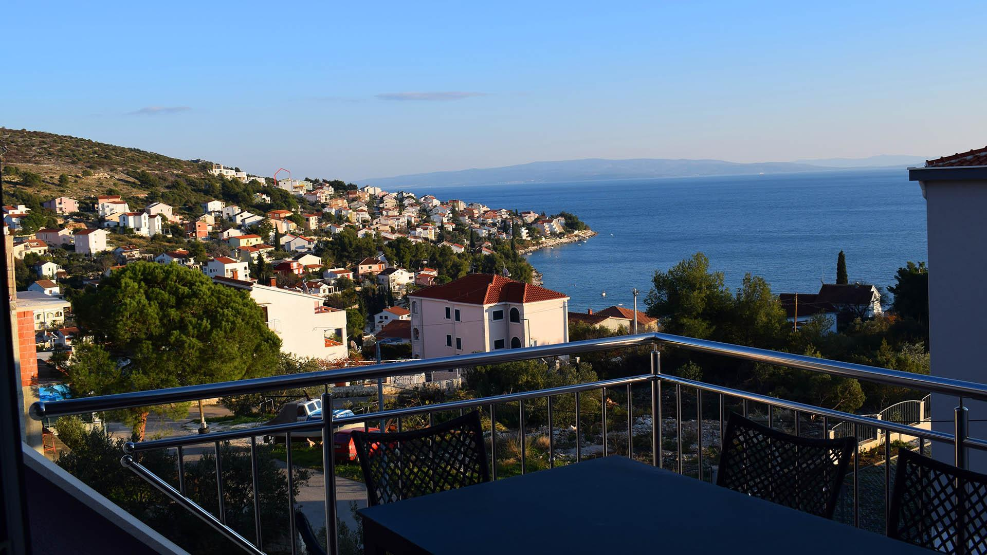 Modernly Equipped Villa Lilla   EOS CROATIA