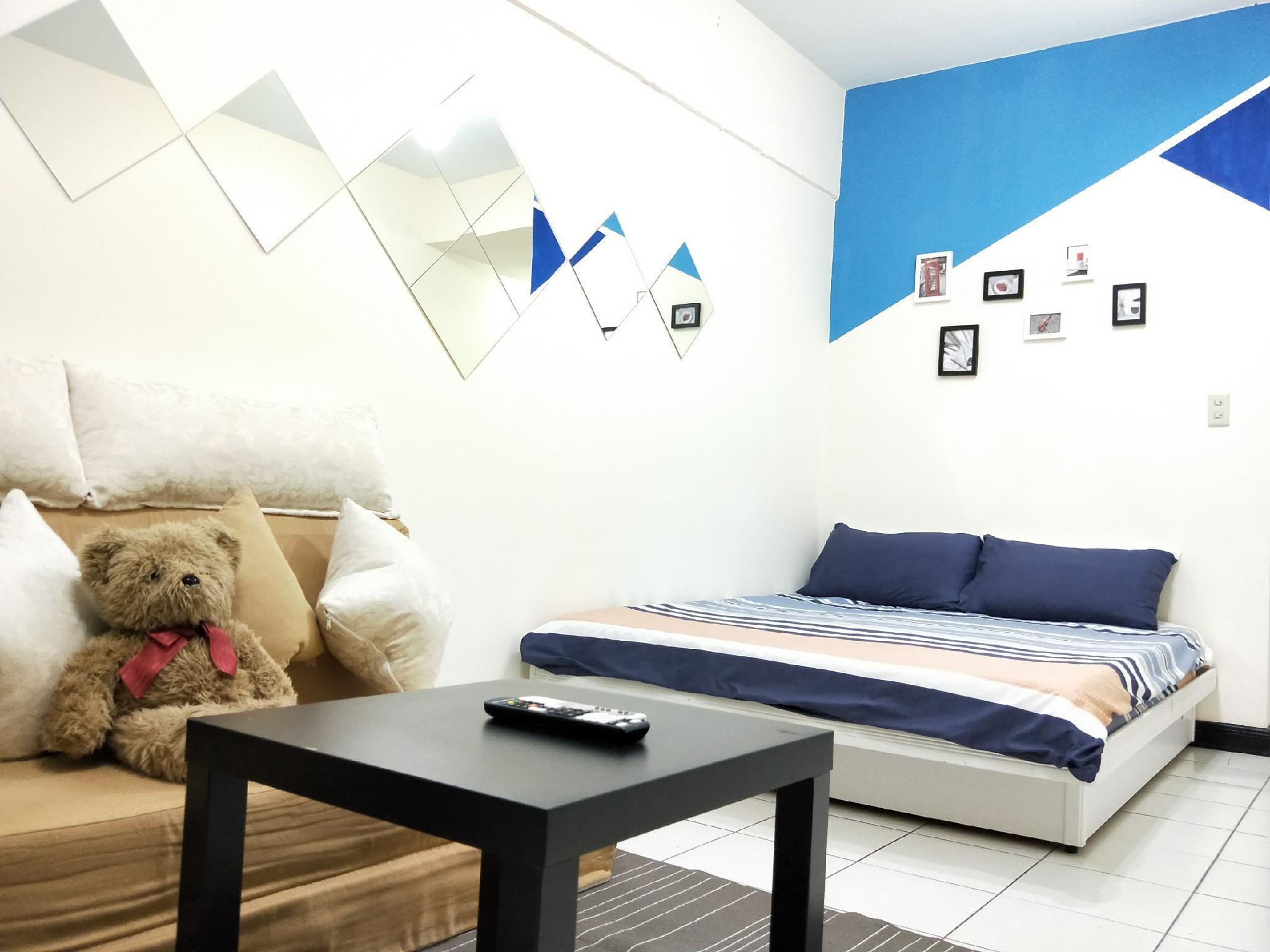 Comfy Studio@MRT Zhongxiao Fuing Station 3mints
