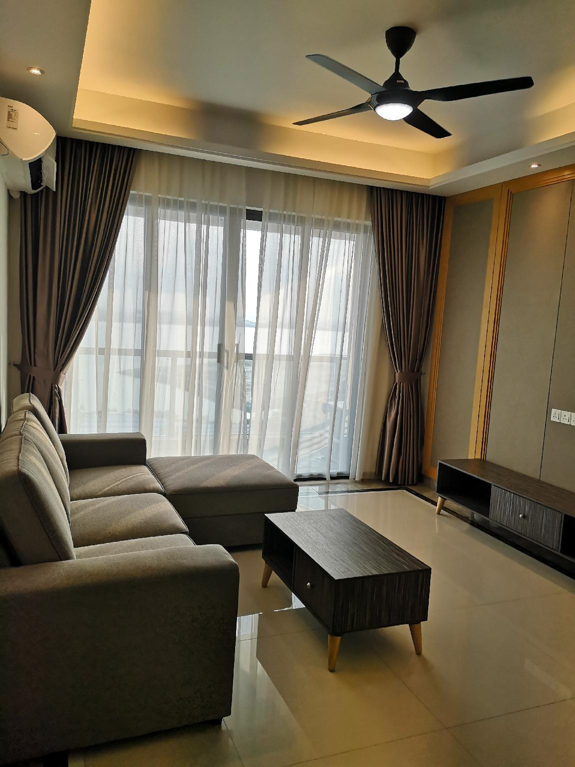 5 star Fully Seaview hotel style apartment