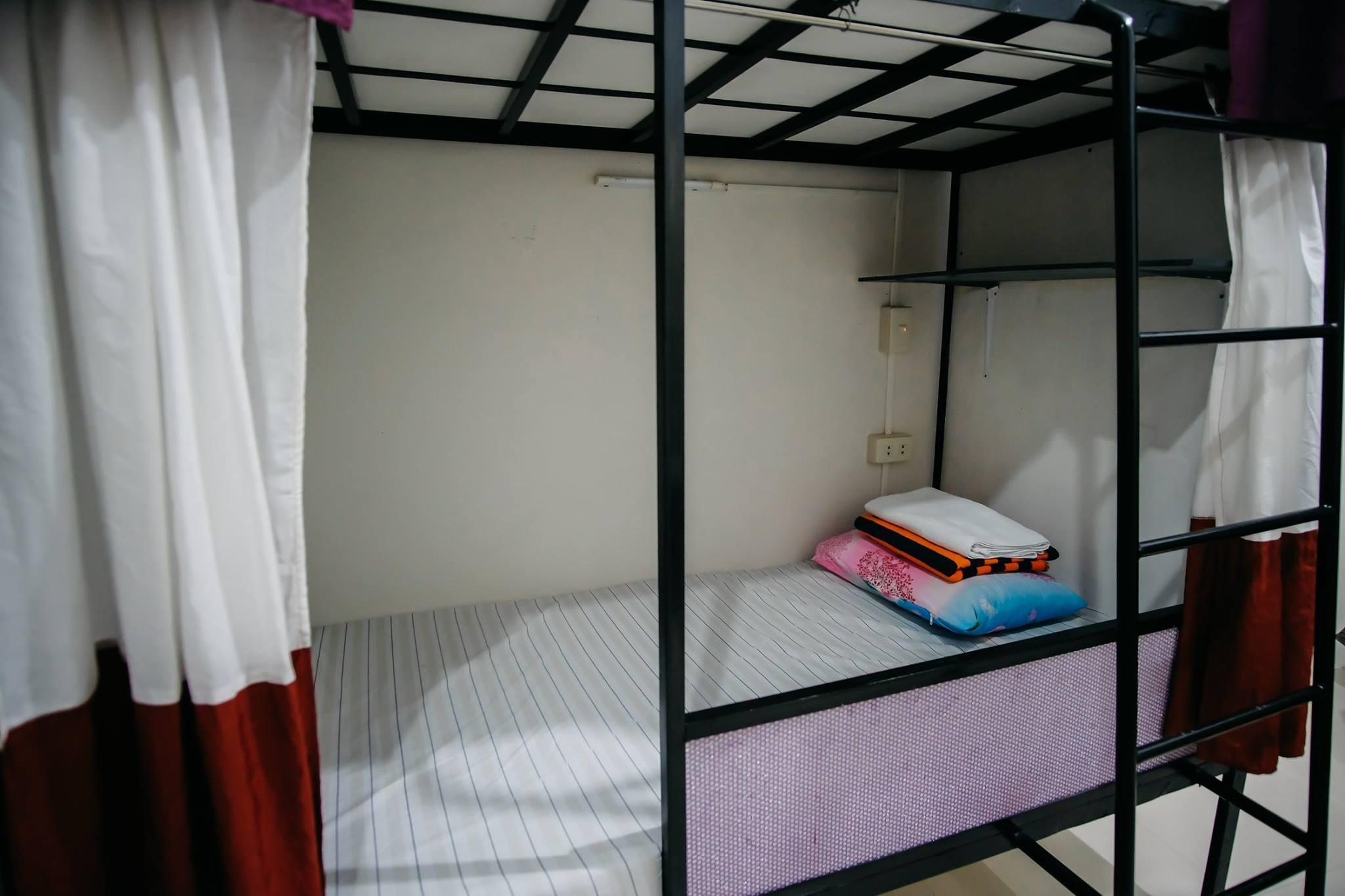 Sleepadz Naga Capsule Beds Dormitel
