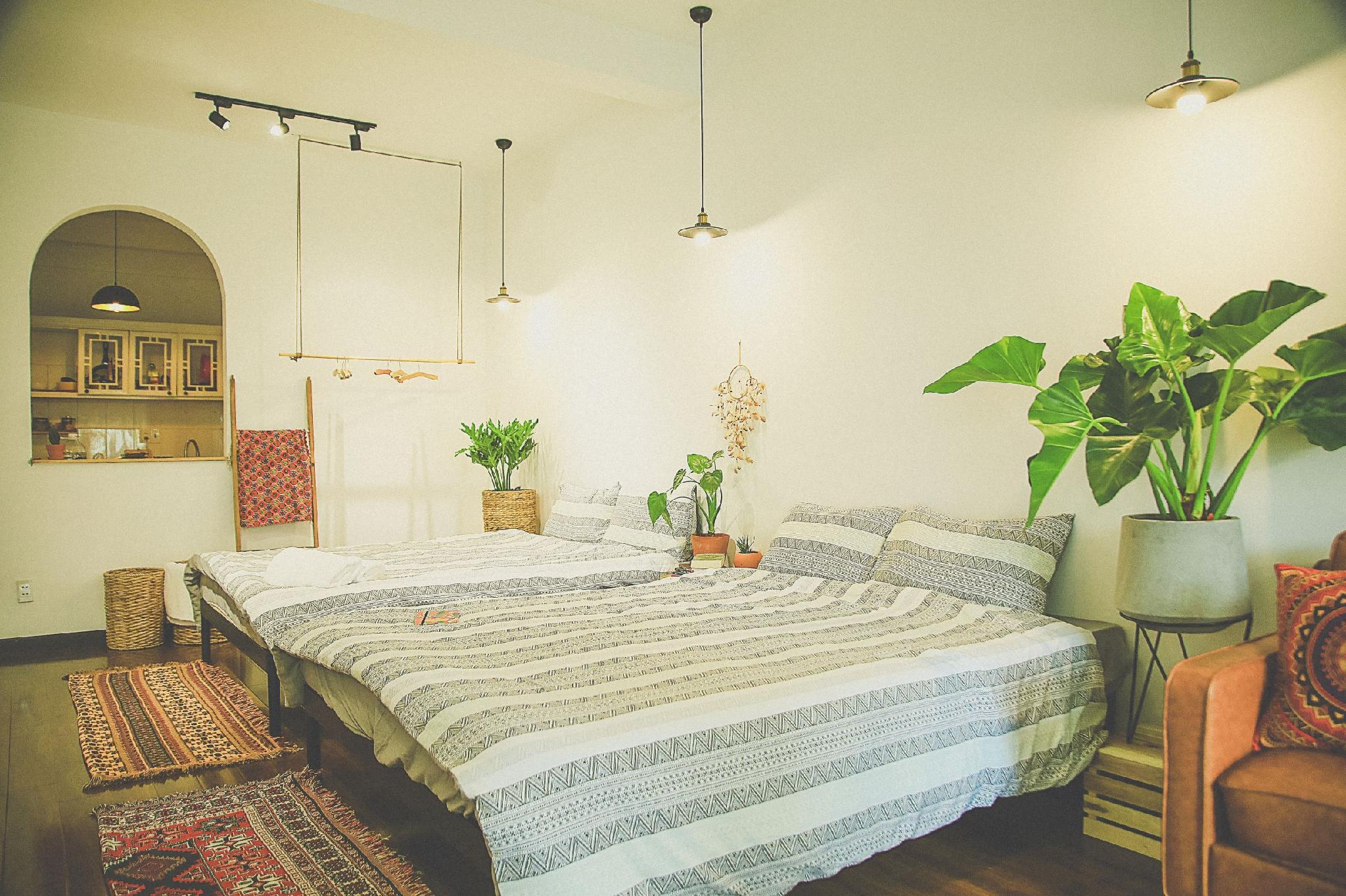 Palmates Homestay @AWESOME Bui Vien View@