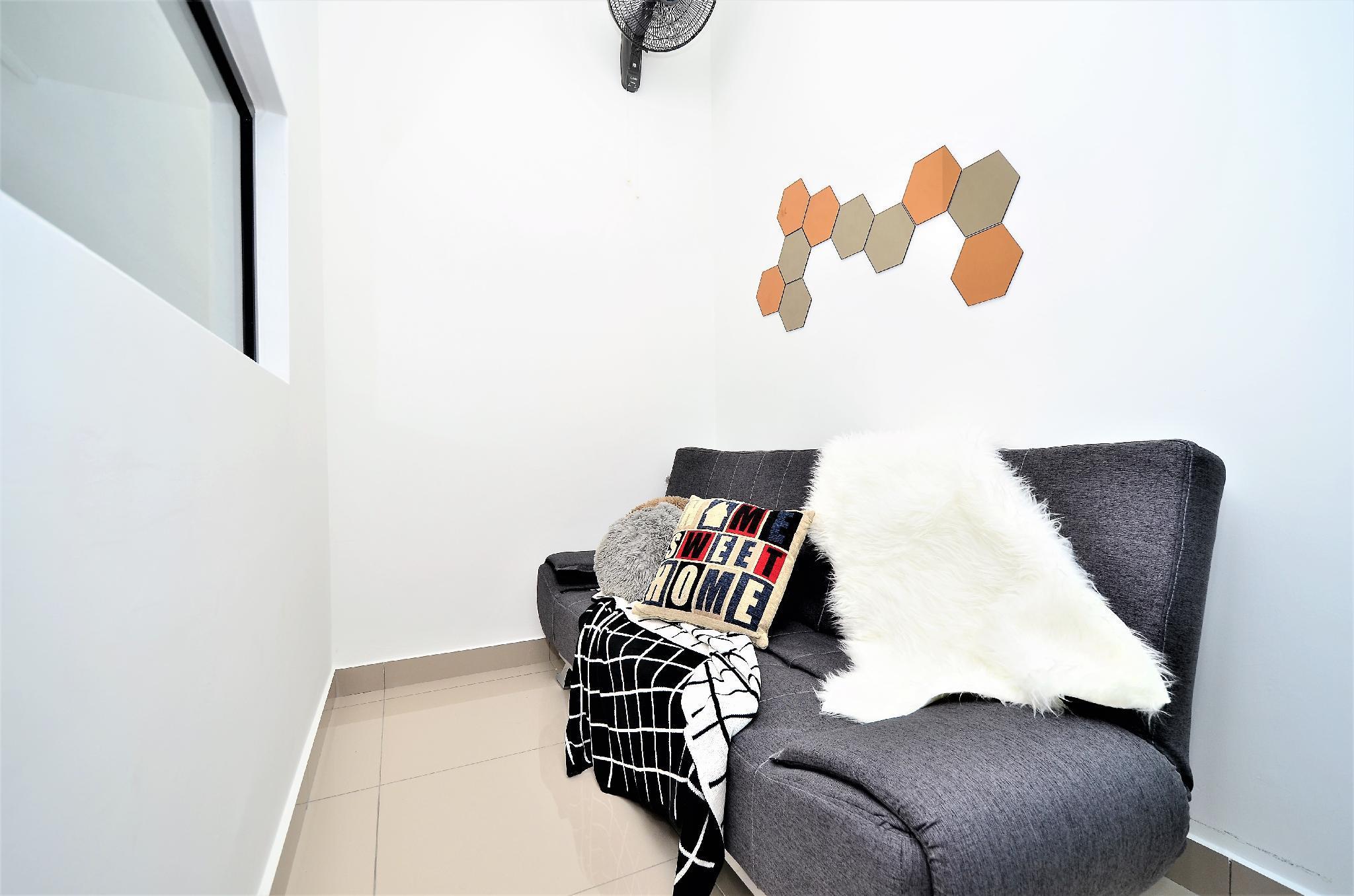 Cozy Space KL PJ Midvalley @Old Klang Road 1 8 Pax