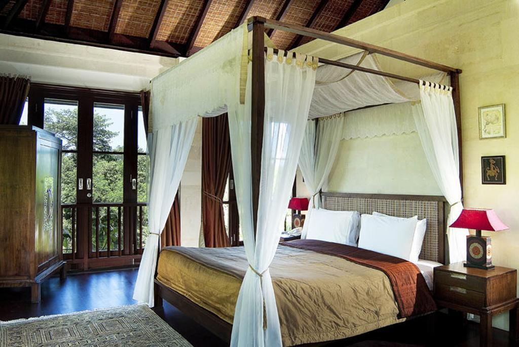 Three Bedrooms Villa With Private Pool   GenDis
