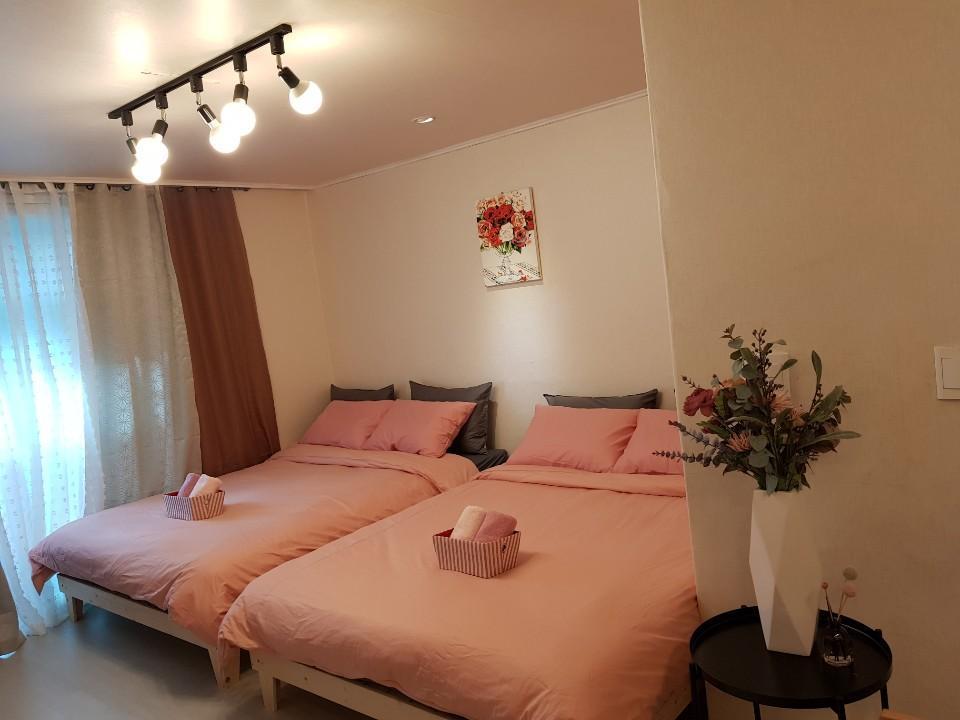 Lovely Hee's House 2
