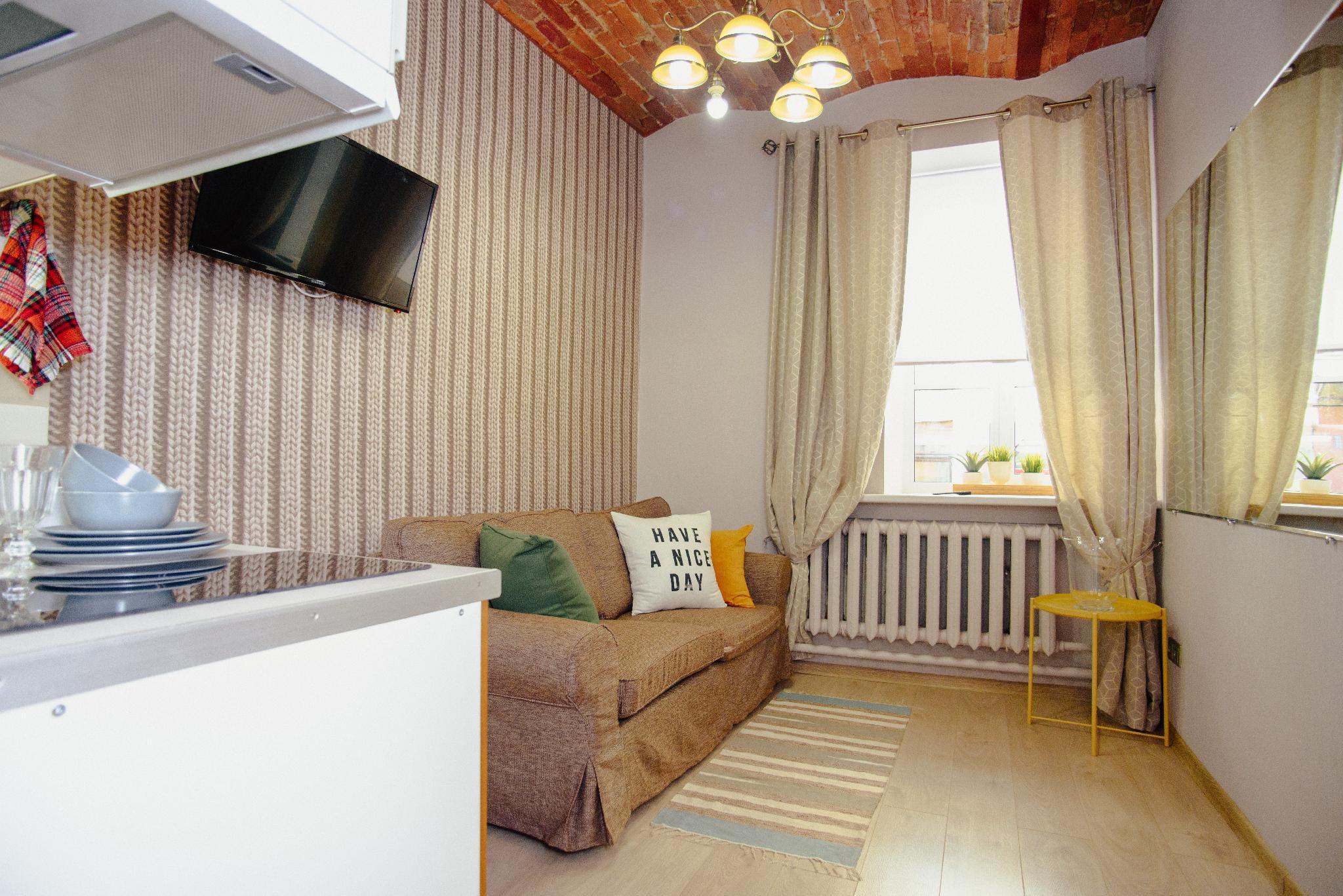 TWO STEPS Apartments On Pestelya  7