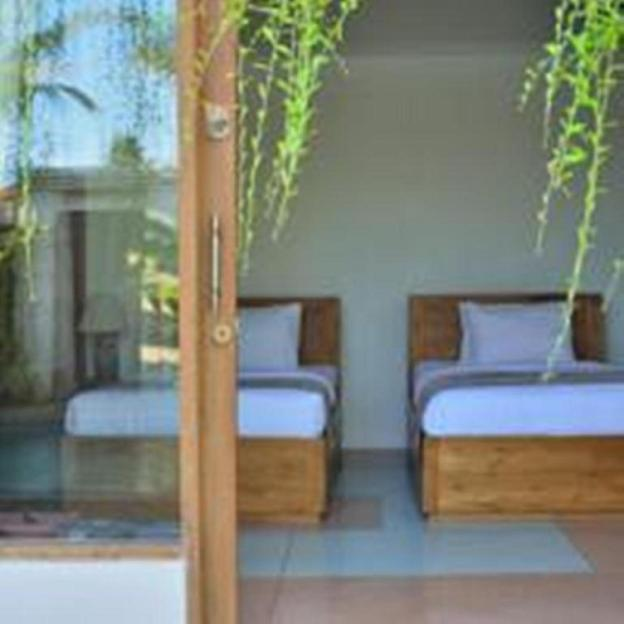 Three Bedroom Private Pool Villa Anyar Canggu