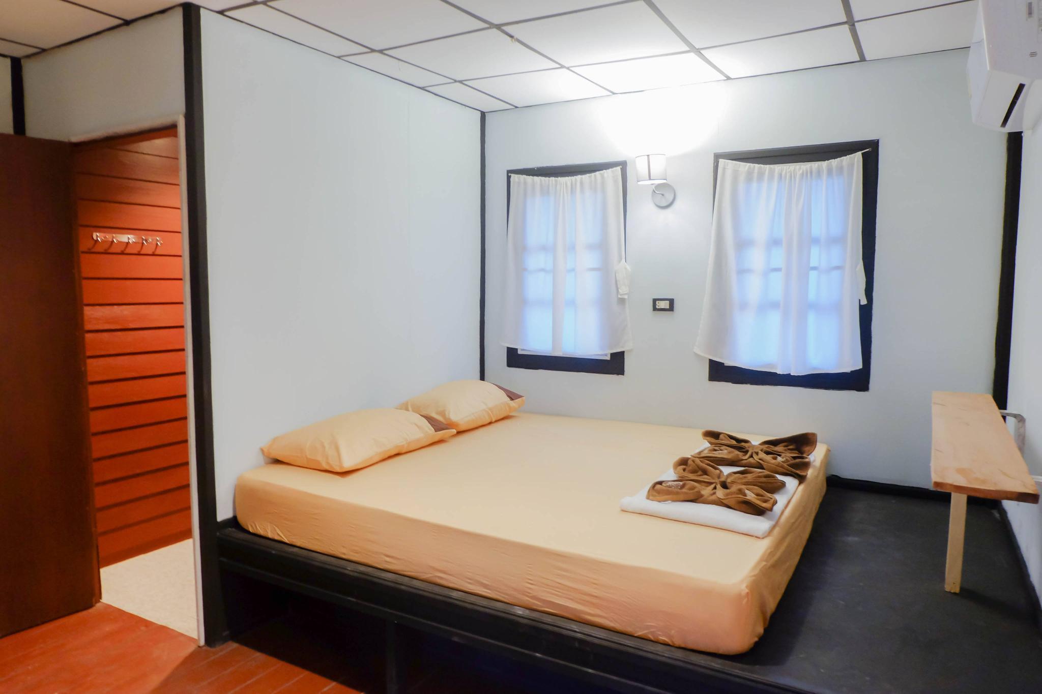 Firefly Bungalows Seaview 15 AC บังกะโล 1 ห้องนอน 1 ห้องน้ำส่วนตัว ขนาด 12 ตร.ม. – ท้องศาลา