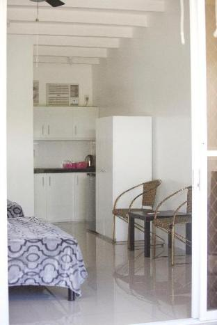 picture 3 of Mirka's GuestHouse Apartment 2