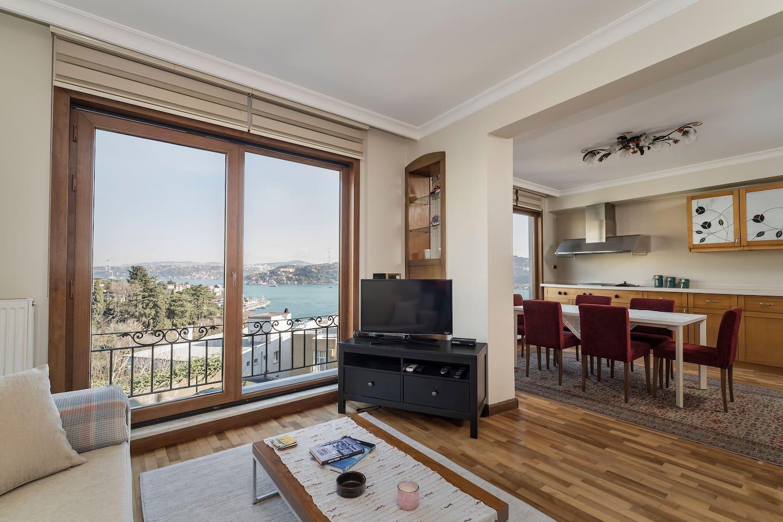 Charming 3 Bed 2bath Duplex Bosphorus Views