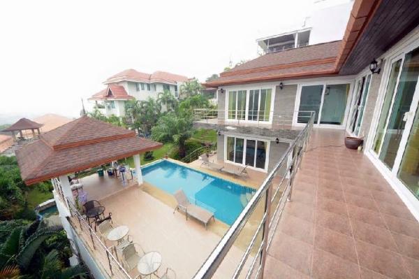 Baanwaru Seaview villa Phuket