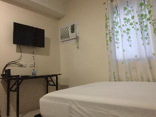 picture 5 of Studio Unit in Mabolo near SM and Ayala Malls