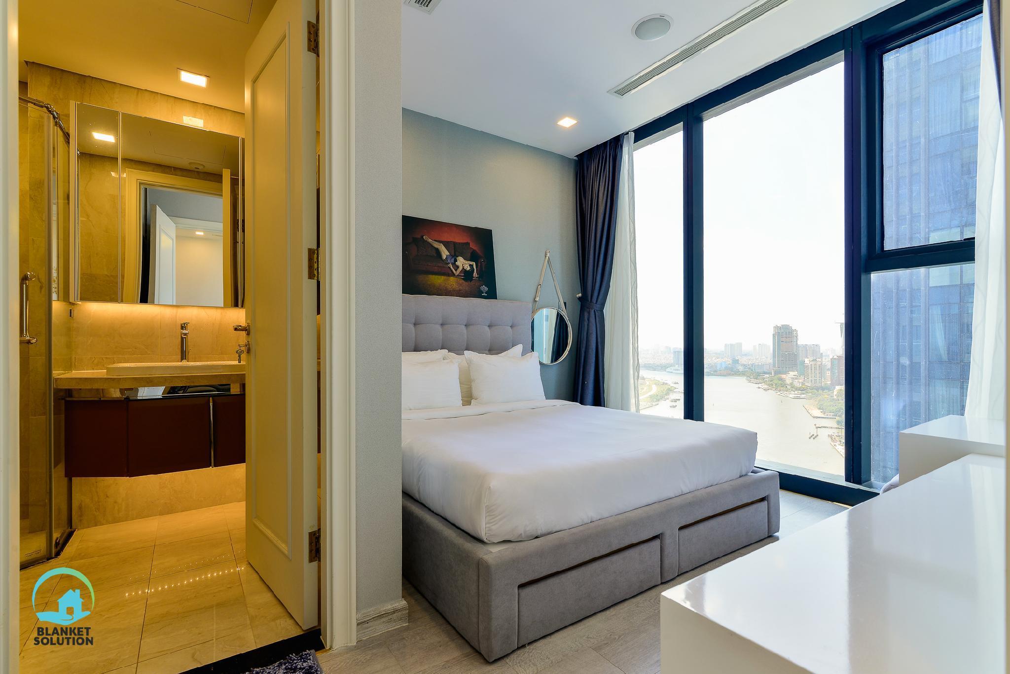 Saigon River View 2BR Luxury Apt @ D1