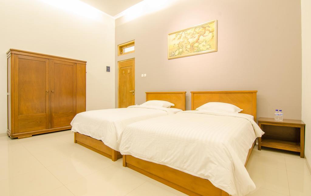 Junior Twin Room Only At Jl Muria
