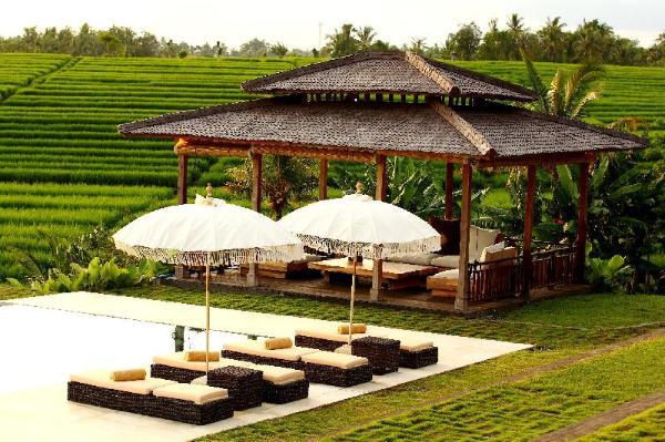 1 BR-SERENITY COLONY VILLA RICE FIELD SUNSET VIEWS Bali