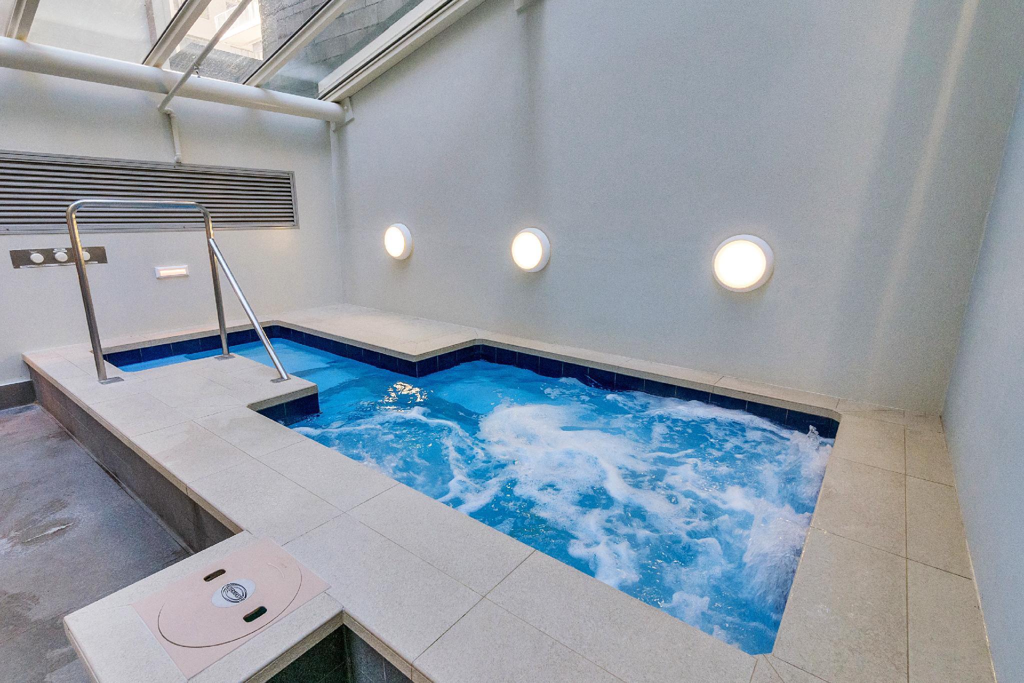Modern Studio In The City's Only Resort