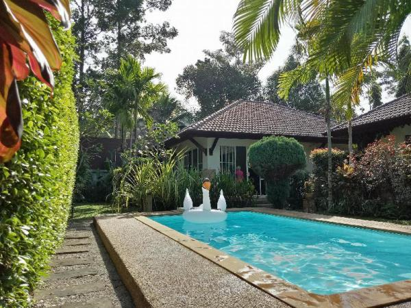 H1,  Cosy Cottages with 1 pool to share Koh Lanta