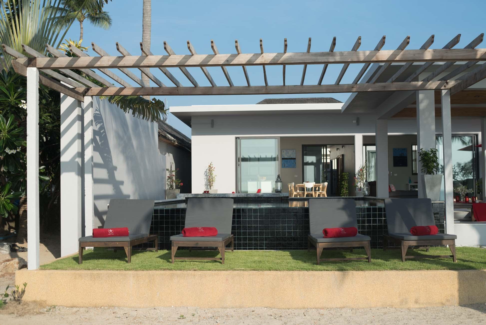 Villa Red   A Stunning 4 Bedroom Beach Villa