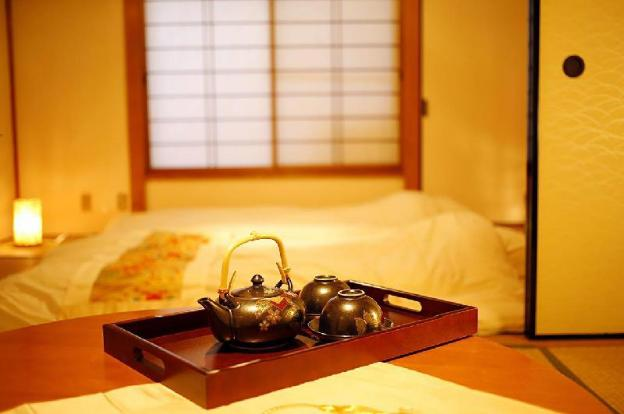 Tatami whole house,3-8 ppl, 6 mins to station
