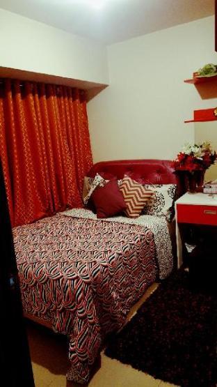 picture 1 of La Suerte deluxe room