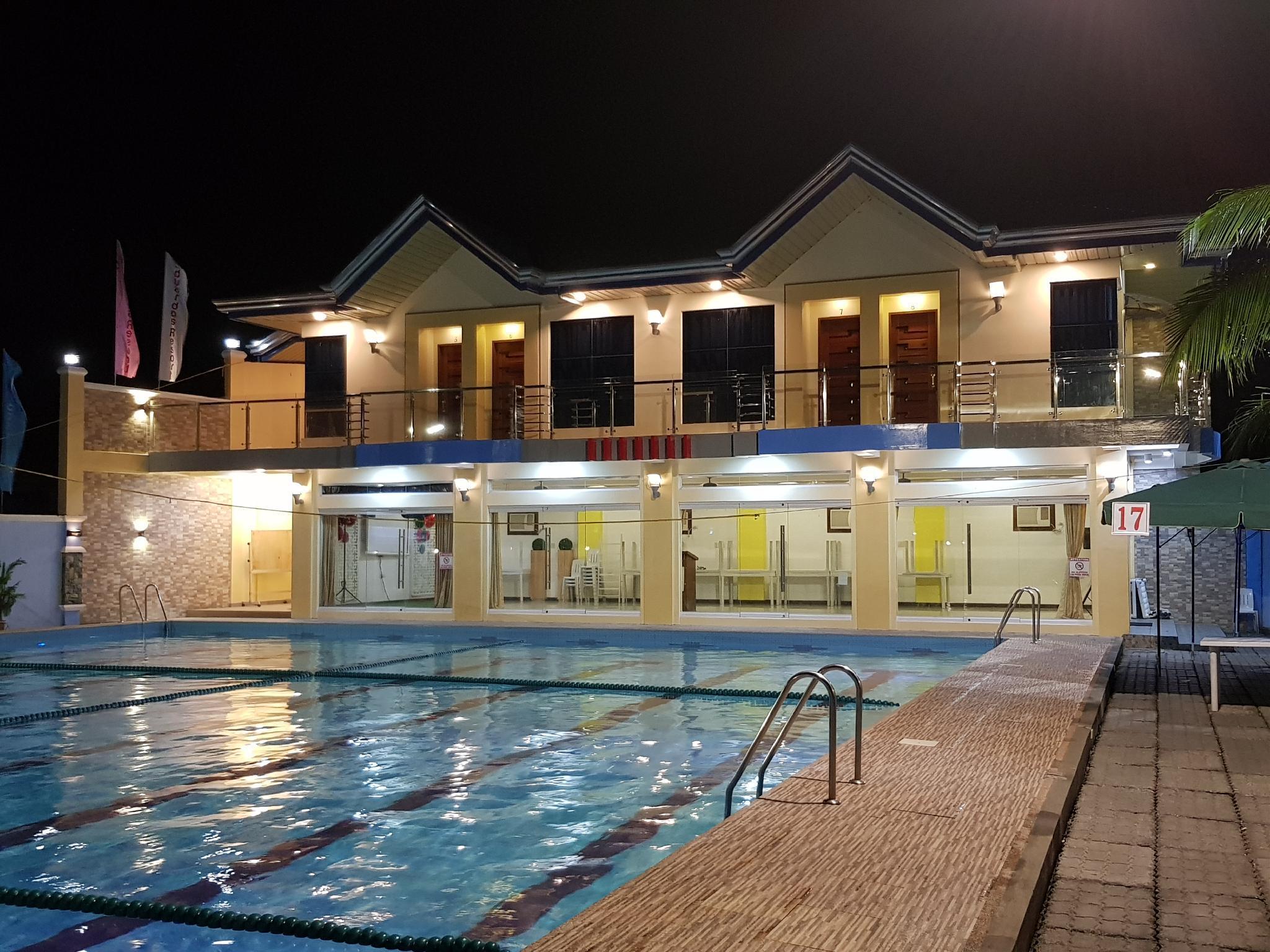 Eduardos Resort