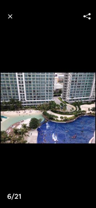 picture 3 of Resort in the city