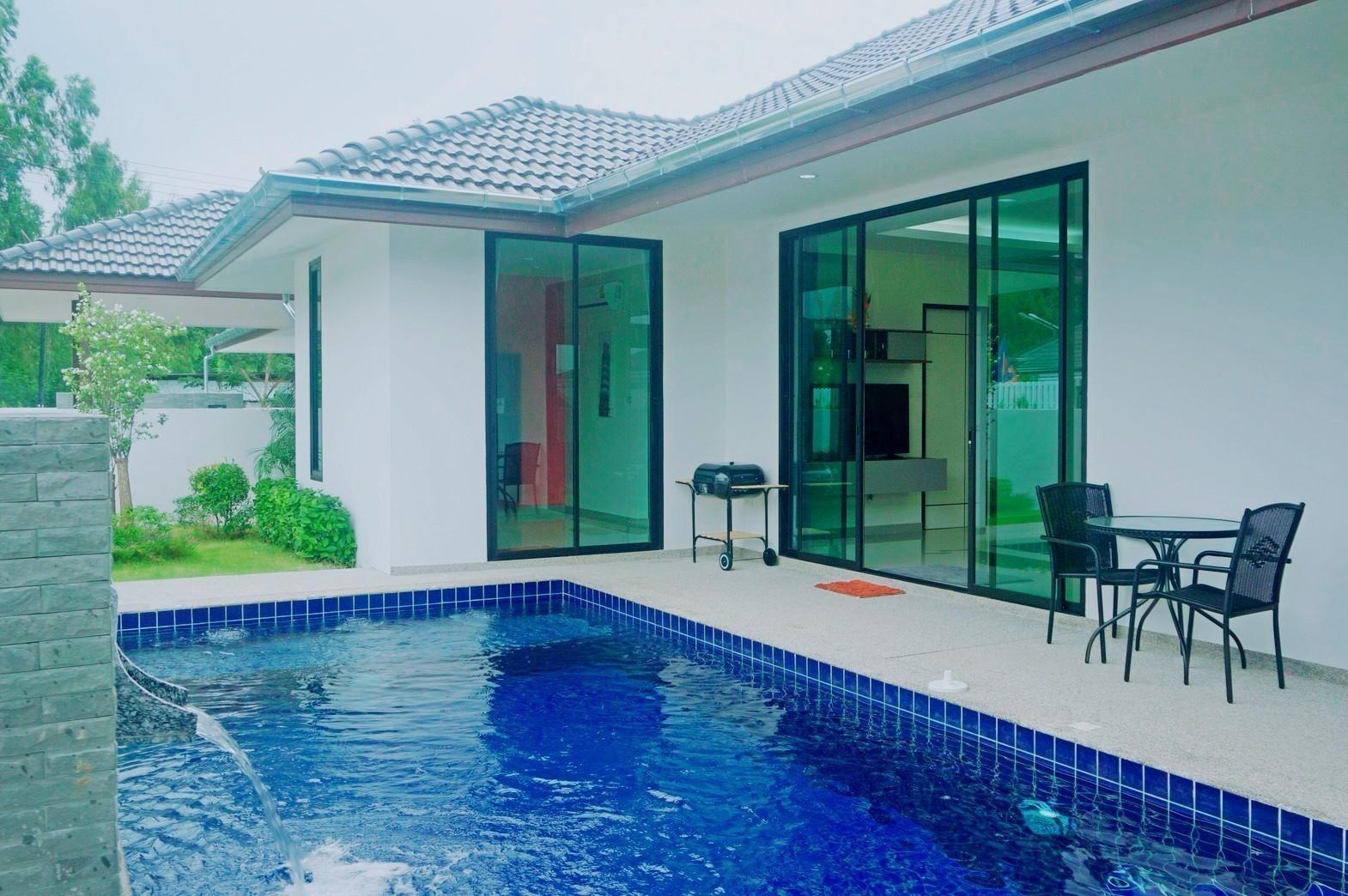 PoolVilla For 10 Persons   Center Of Huahin
