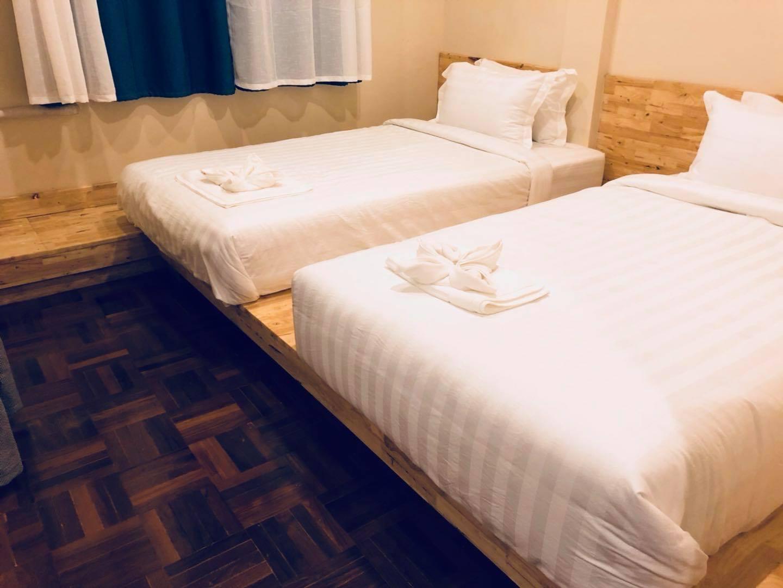 Ikkyu Nimman  Room  3 Twins Bed