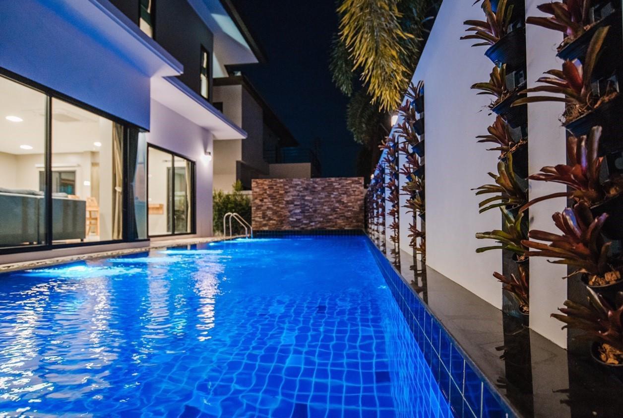 Modern premium villa private swimming pool วิลลา 3 ห้องนอน 4 ห้องน้ำส่วนตัว ขนาด 280 ตร.ม. – หางดง