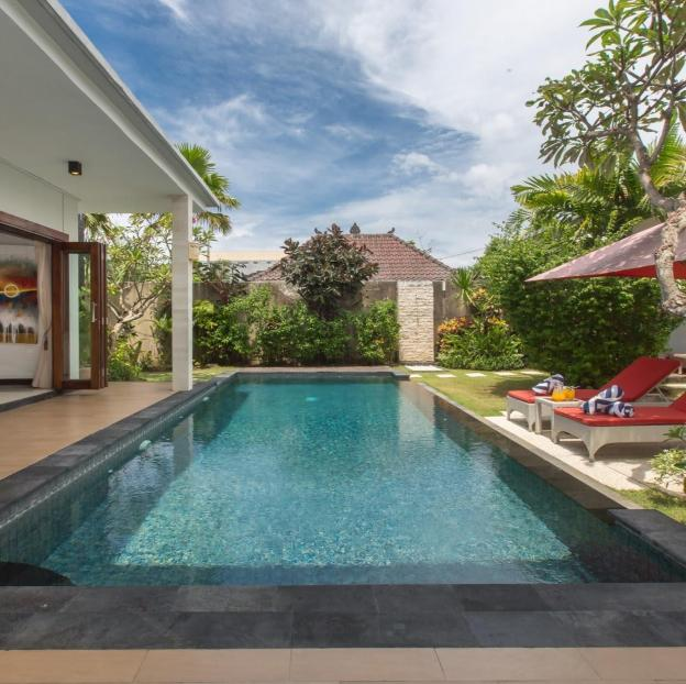 Spacious 3 Bedroom Villa featuring a Private Pool