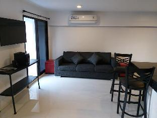 picture 4 of Cool, Sleek, Modern Designed Apartment.