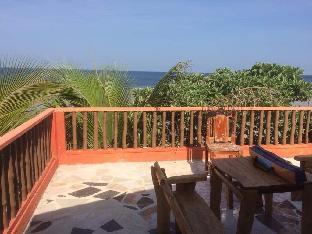 picture 4 of Rooftop@ Casa Estrella Beach Resort