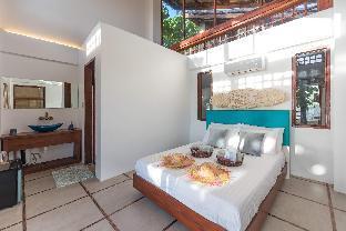 picture 2 of Salina Beach Villas 2 -Beachfront view 50%
