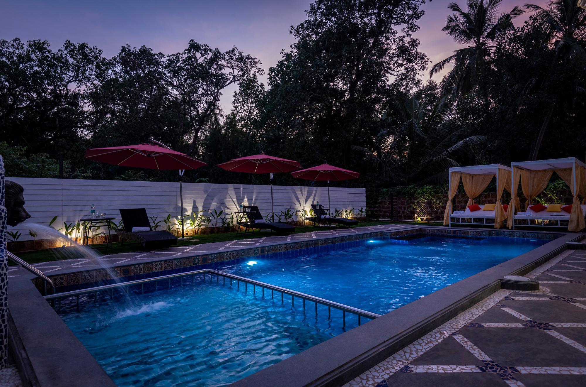 1 BR Luxury Suite W  Pool & Cafe In Vagator
