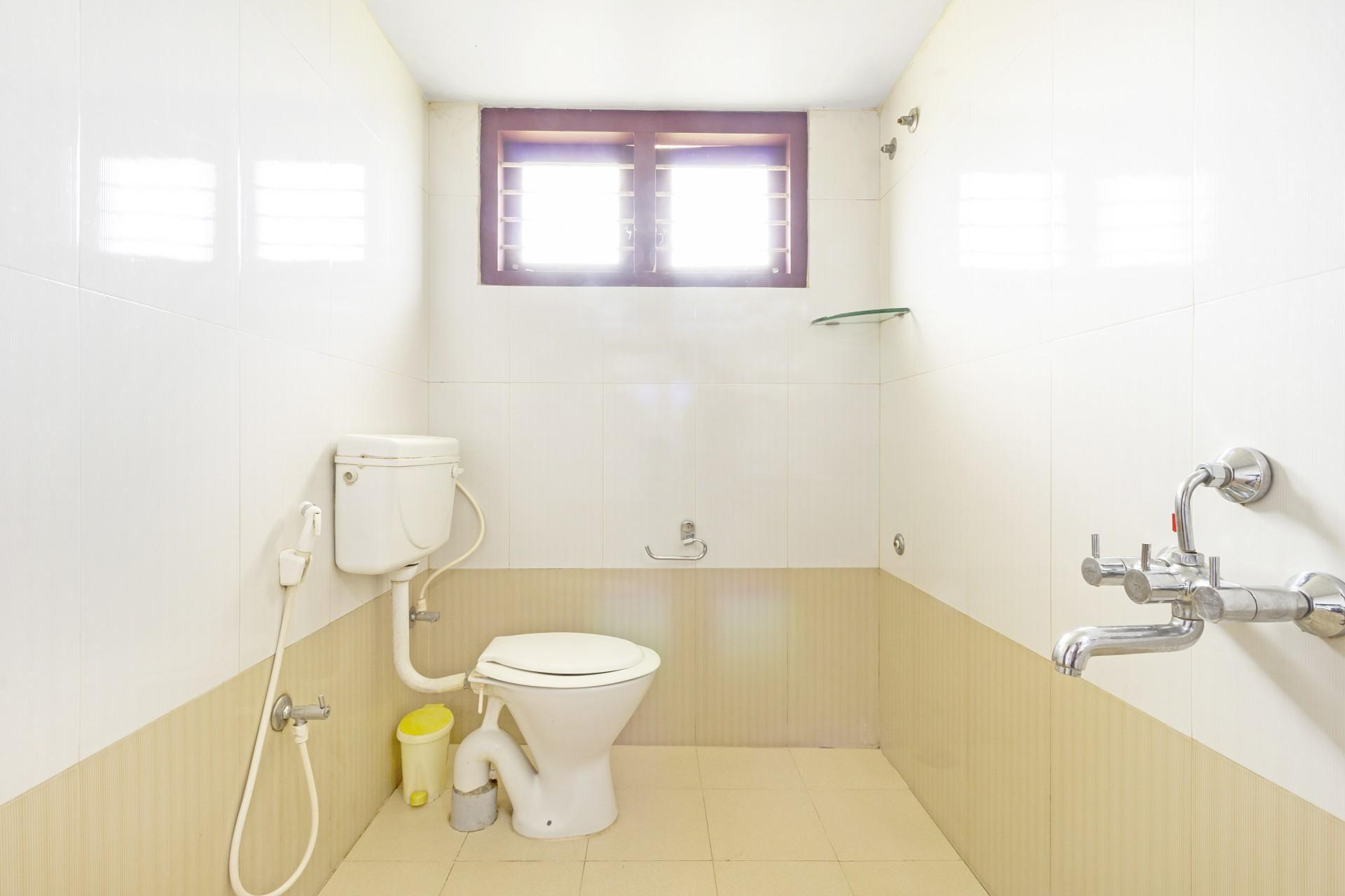 Well furnished 3 bedroom Homestay 51434