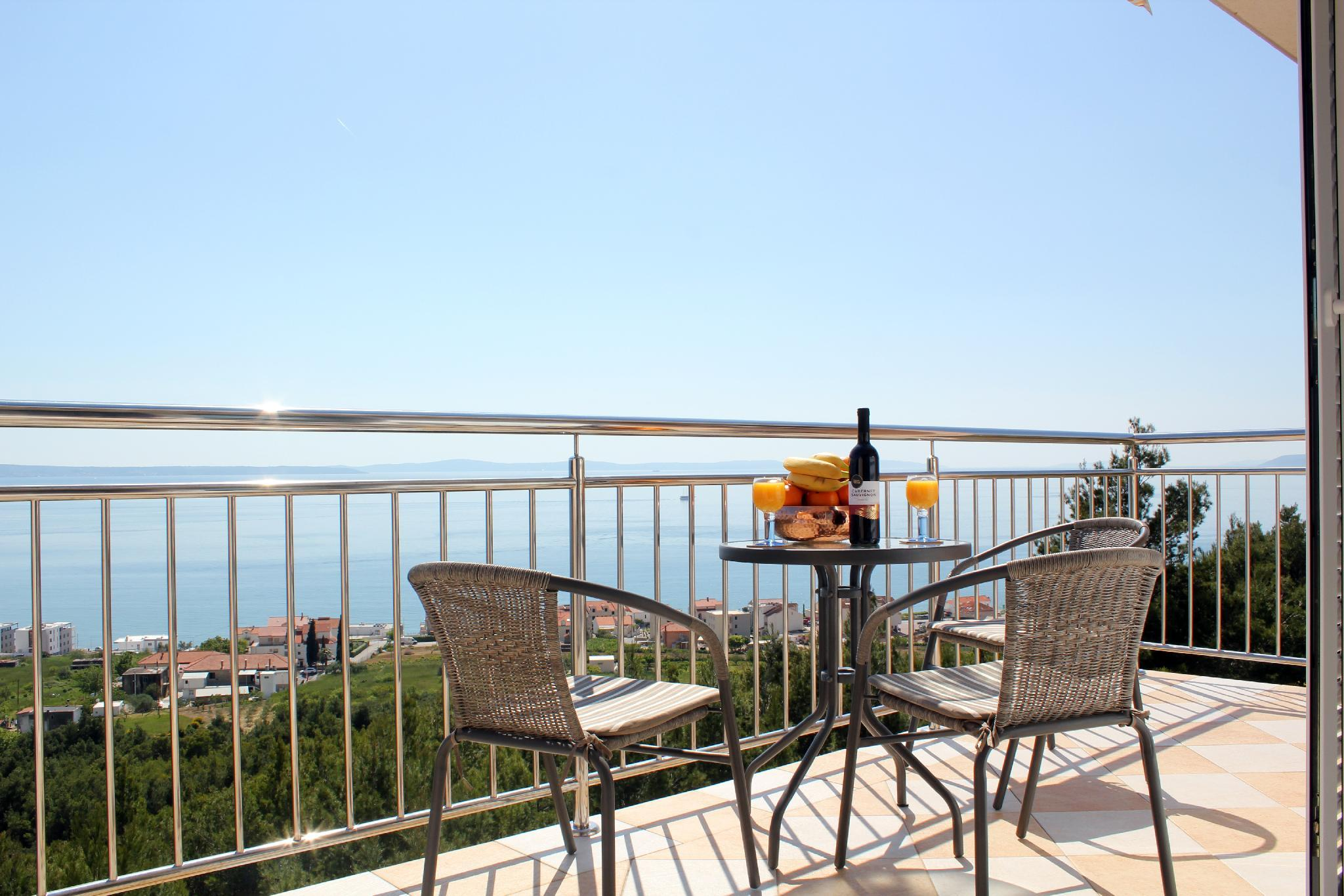 Holiday Apartment With Sea View
