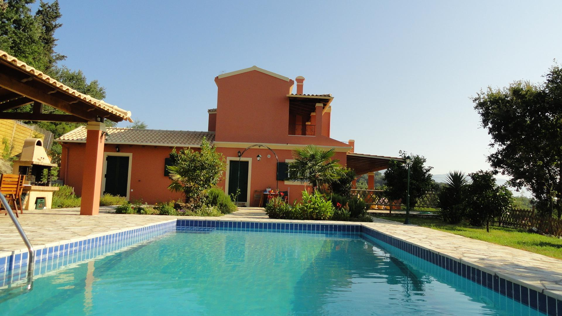 Peaceful Villa With A Private Swimming Pool