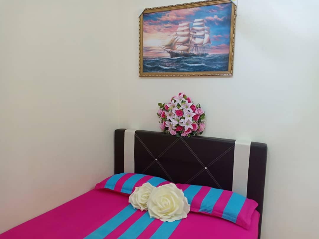 Gambang Kuantan Teres 3 Rooms Homestay